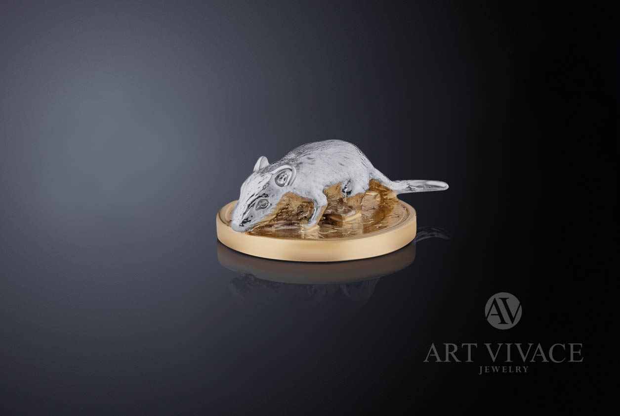 Сувенир «Мышка на монетке»